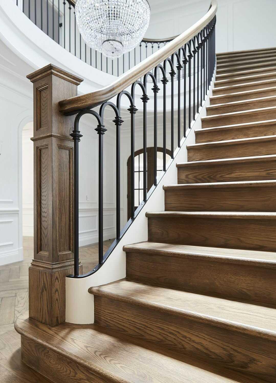 Cầu thang sắt mỹ thuật đơn giản