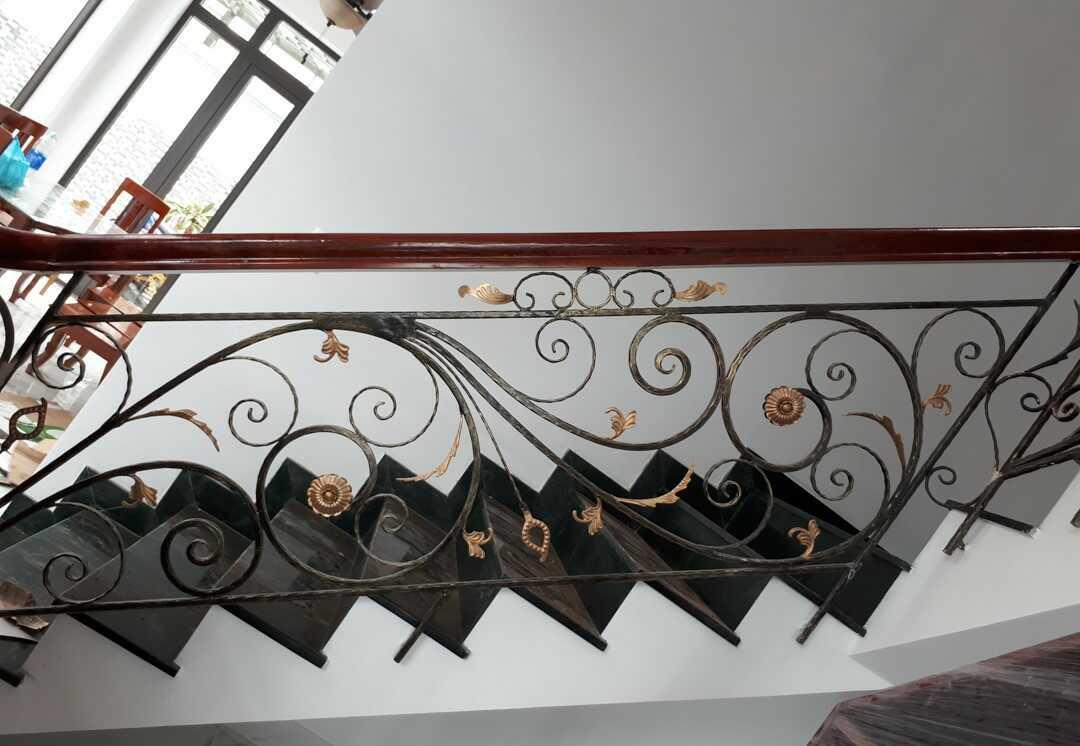 Ưu điểm cầu thang sắt mỹ thuật